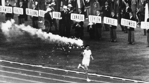 Desde este 1 de agosto de 1936, en todas las ediciones de los JJ.OO. la antorcha se enciende en Olimpia