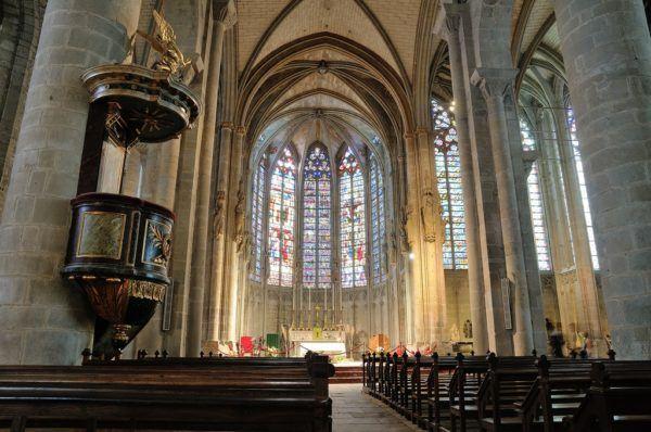 carcasona-sus-origenes-y-leyendas-basilica