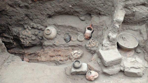 Las tumbas de los Mochicas del Sur, caracterizadas por sus piezas cerámicas