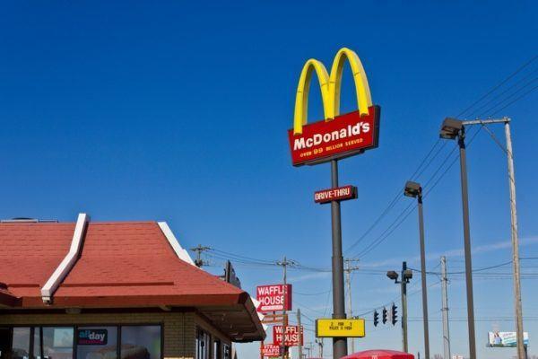 De donde provienen los nombres de las empresas mas famosas mcdonalds