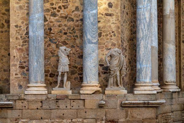 hispania-romana-temario-eso-anfiteatro-de-merida-istock