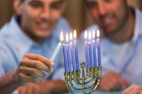 Que saludos son apropiados en hanukkah