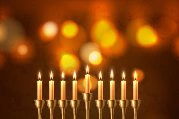 Que saludos son apropiados hanukkah
