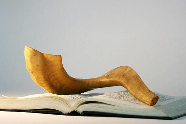 Rosh hashana que es costumbres historia del nuevo ano judio