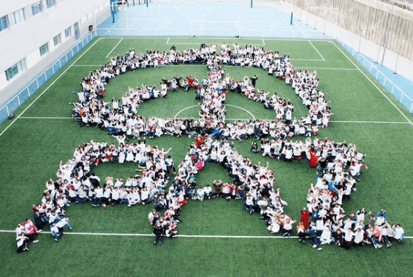 El origen Día Escolar de la Paz y la No Violencia 2021 mural por la paz