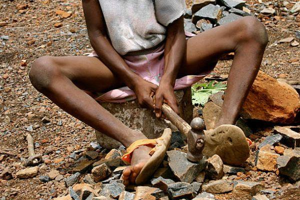Dia de esclavitud infantil cuando es por que se celebra cual es su origen