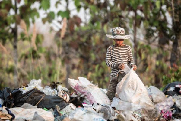 Dia mundial contra trabajo infantil cuando es