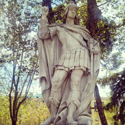 Estatua Rey Godo