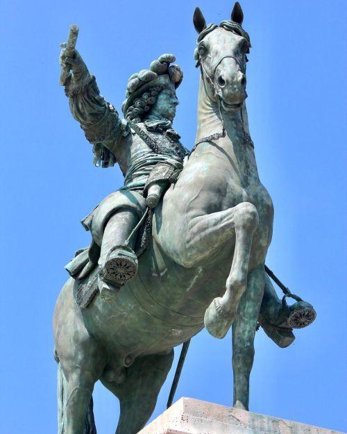 Estatua del Rey Luis XIV