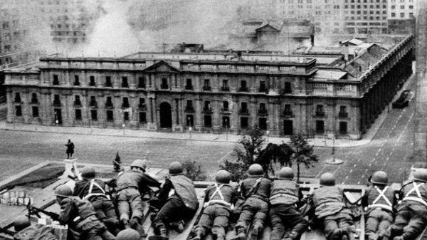 Asalto a la Casa de la Moneda donde asesinaron a Salvador Allende
