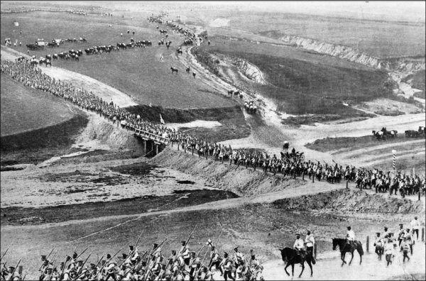 Tropas Japonesas marchan sobre Manchuria