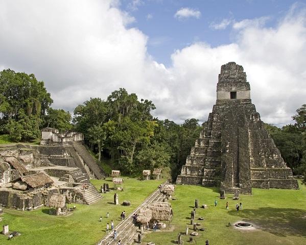 Centros urbanos de la cultura maya for Civilizacion maya arquitectura