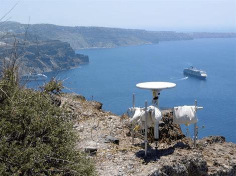 Despierta el volcan Santorini