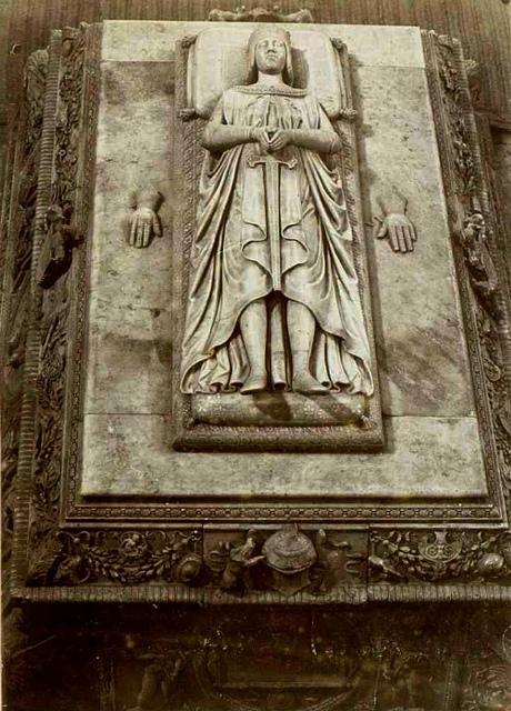 Sepulcro principe Juan