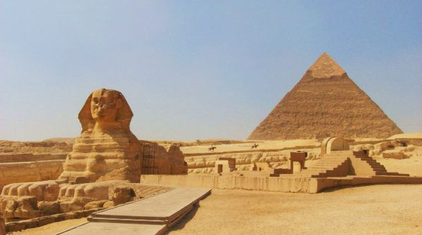 siete-maravillas-del-mundo-antiguo-la-gran-piramide-de-giza