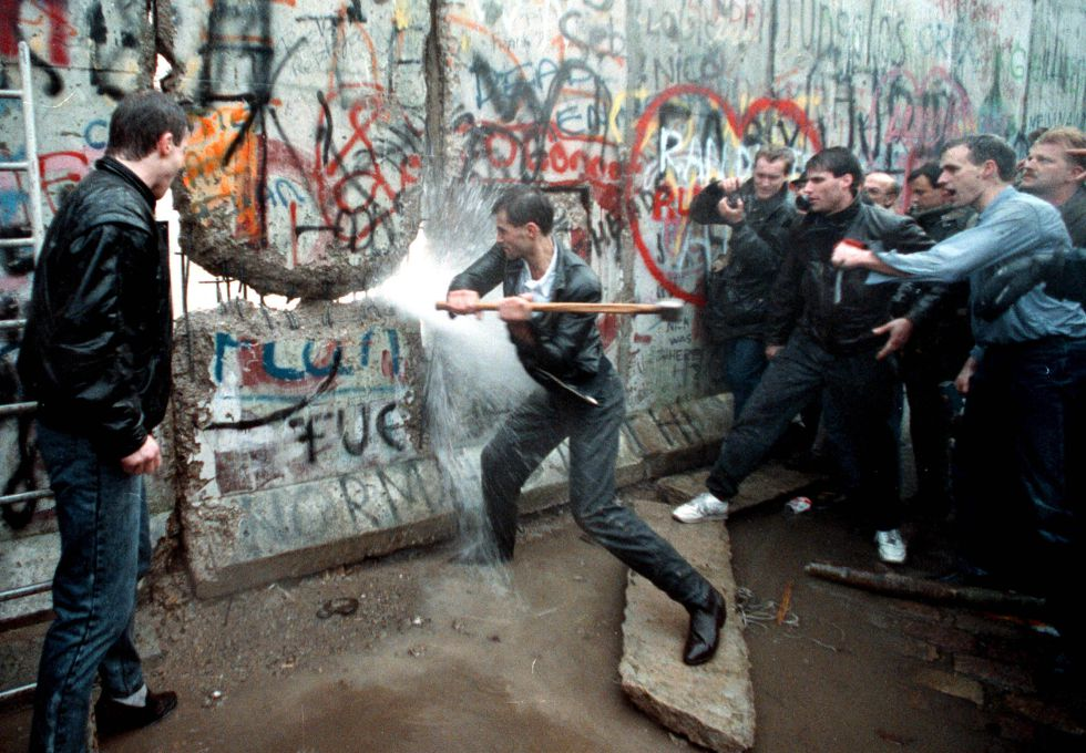 Resultado de imagen para caida muro de berlin