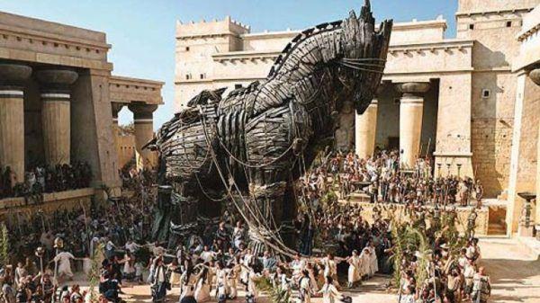 troya-la-mas-grande-epopeya-caballo
