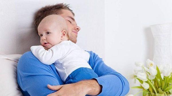 cuando-es-el-dia-del-padre-durmiendo