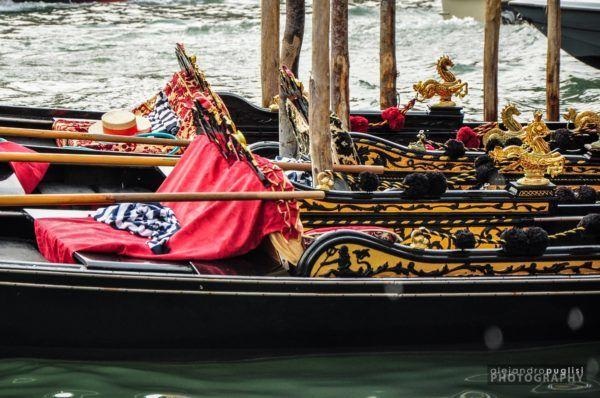 la-peste-negra-de-1348-gondolas