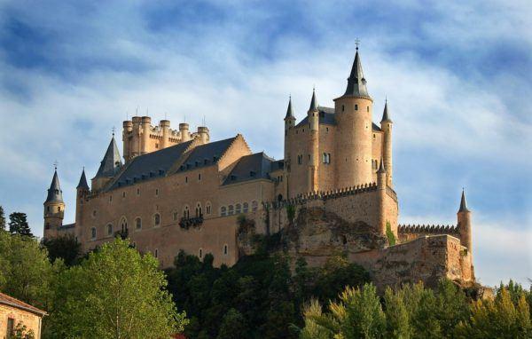Los castillos eran fortaleza y un símbolo del Feudalismo