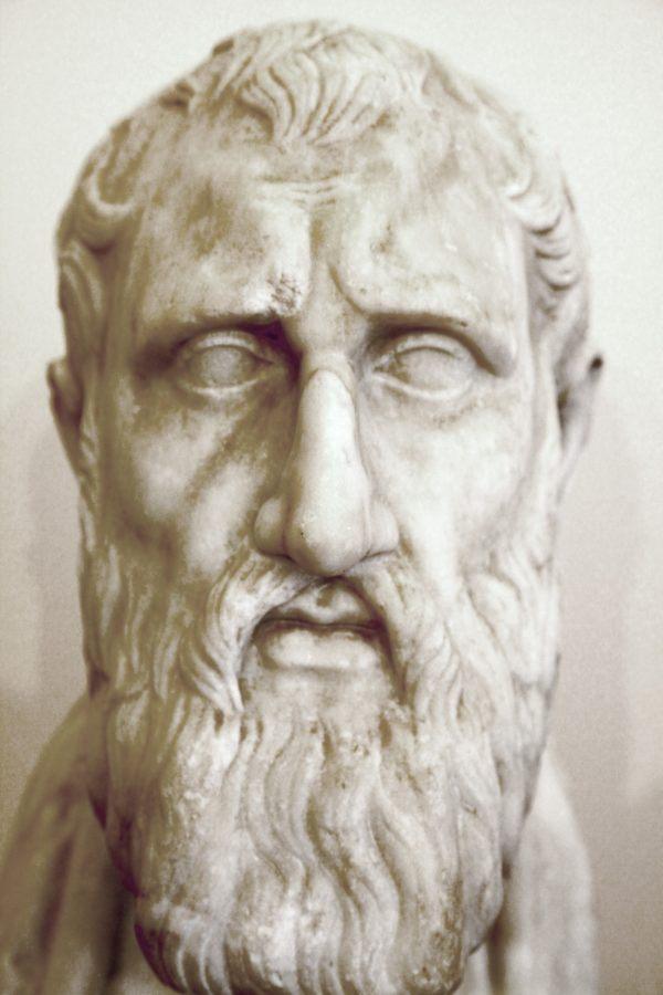 E, Filósofo Zenón de Elea
