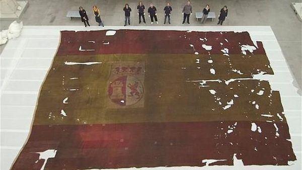 La bandera de combate del «San Ildefonso», capturado por el «HMS Defense»