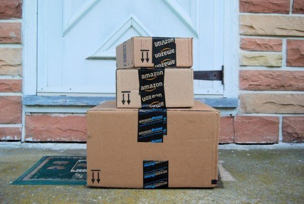 De donde provienen los nombres de las empresas mas famosas amazon caja