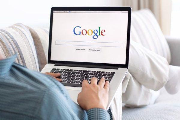 De donde provienen los nombres de las empresas mas famosas google
