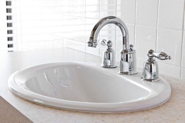 Por que en gran bretana se utilizan dos grifos para lavarse las manos