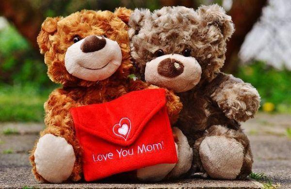 por-que-se-celebra-el-dia-de-la-madre-el-primer-domingo-de-mayo3