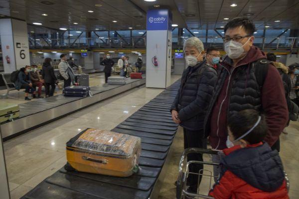 pandemias-de-la-historia-asia-aeropuerto-mascarillas-istock