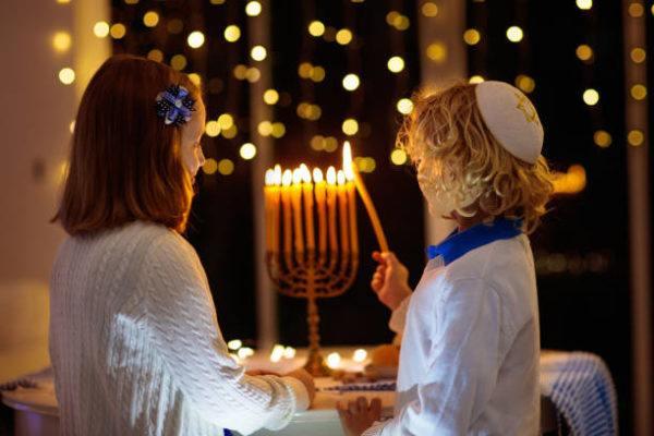 Cual es el significado de hanukkah