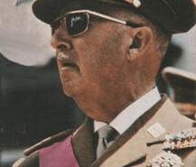 Biografia de Franco: la Guerra en Marruecos, catapulta de su carrera en el Ejercito.